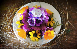 Plate of flowers | What Really Matters | www.bitsofivory.com