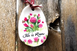 """Easter Egg with """"He is Risen"""""""